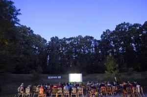 proiectii de film in aer liber